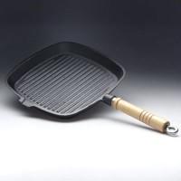 Сковорода с ручкой чугун.D-23 рефленая